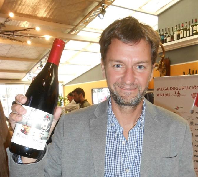 """Entrevista a Matías Michelini: """"Mi filosofía es que el vino sea lo mas fiel al carácter del lugar donde nace y donde se cría la uva, sin ningún tipo de maquillaje""""."""